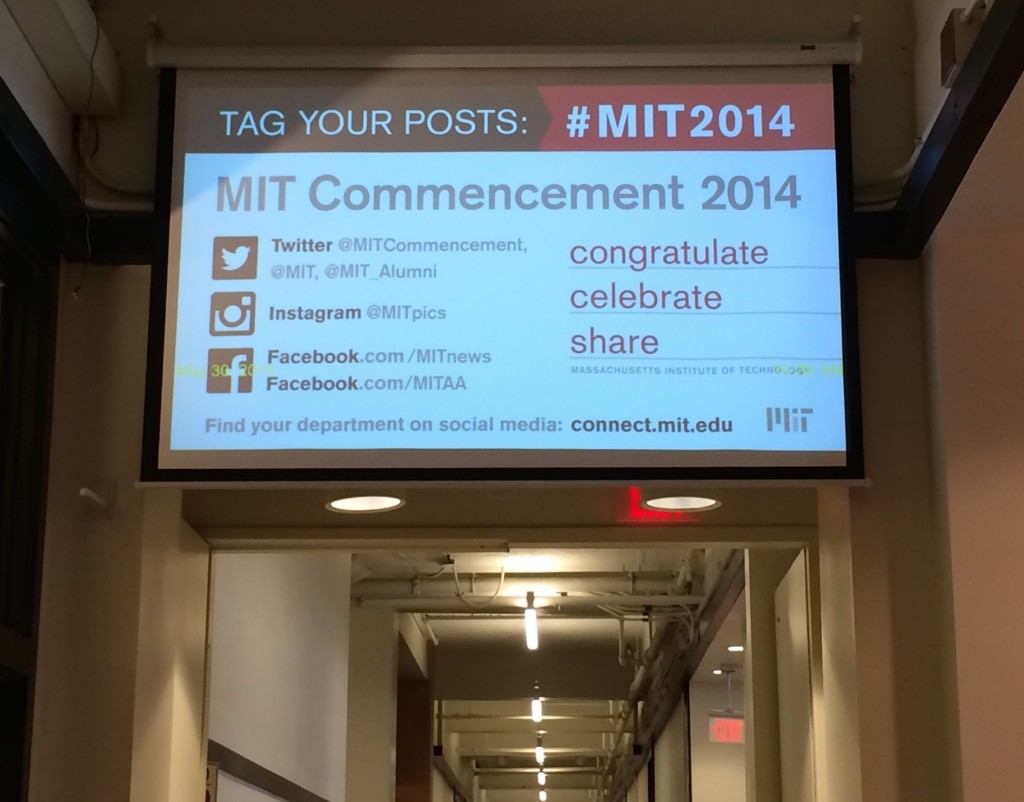 MIT Commencement on the Infinite Display screen